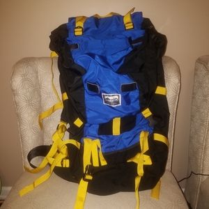 MEC Serratus Backpack Hiking Backpacking